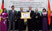 Hội hữu nghị Việt Nam-Đức nhận Huân chương Lao động hạng Nhất