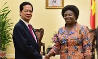 Việt Nam mong muốn tiếp tục nhận được sự hợp tác của cộng đồng quốc tế