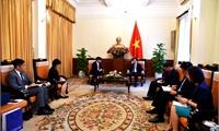 Phó Thủ tướng Phạm Bình Minh tiếp Đại sứ các nước Thái Lan và Philippines