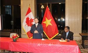 Bạn bè Canada ca ngợi Chủ tịch Hồ Chí Minh và Việt Nam là nguồn cảm hứng với nhân dân thế giới