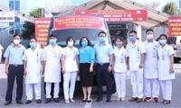 Đoàn cán bộ y, bác sỹ tỉnh Phú Thọ lên đường hỗ trợ Bắc Ninh phòng chống dịch COVID-19