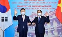 Mong muốn Hàn Quốc thúc đẩy hợp tác nghiên cứu, sản xuất và hỗ trợ Việt Nam tiếp cận nguồn vaccine Covid-19