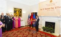 Trang trí lễ kỷ niệm Quốc khánh 2/9 sao cho trang trọng mà vẫn mang 'quốc hồn quốc túy'?